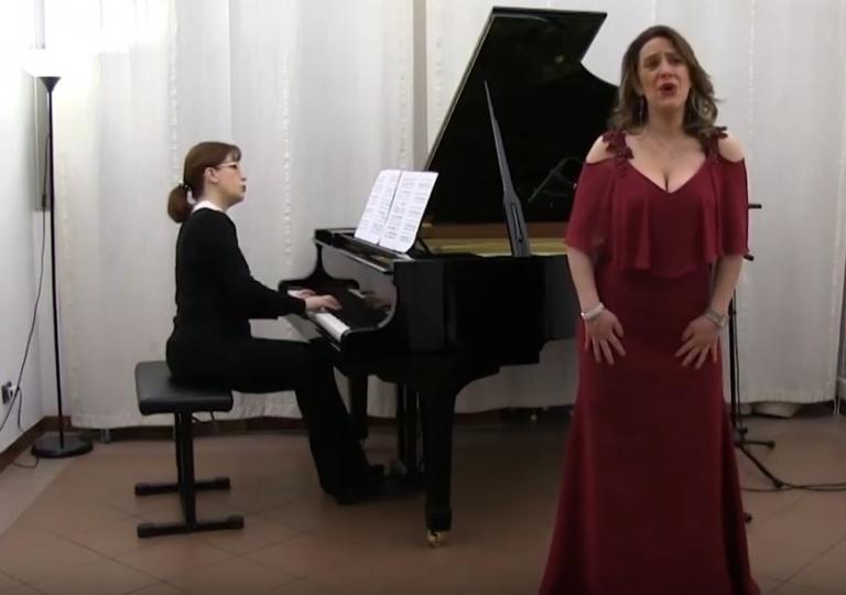 Video: Soprano Elita Cistola: